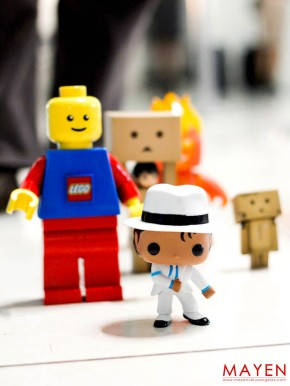 Toys, Toy Photography, Travel, Macau, Hoops & Yoyo, Lego, Danboard